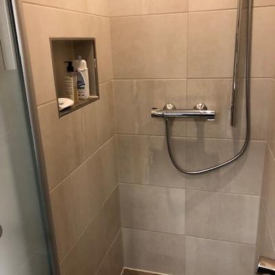 Sanierte Dusche